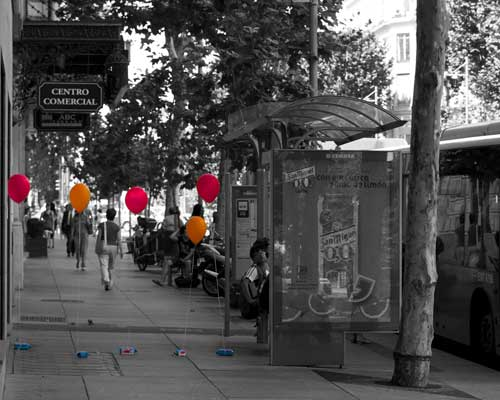 Theo Jones architecture Balloons for Salamanca installation balloon journey in Madrid street